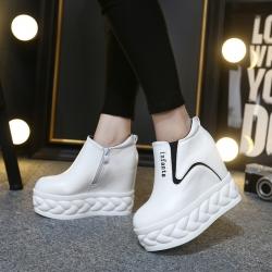 [มี2สี] รองเท้าแพลตฟอร์มมัฟฟิน แฟชั่นเกาหลี หนังไมโครไฟเบอร์ เสริมส้น ซิปด้านใน สวย สไตล์เกาหลี พื้นสูง 2 นิ้ว / เสริมส้น 4.5 นิ้ว