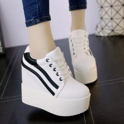 [มี2สี] รองเท้าแพลตฟอร์ม เวอร์ชั่นเกาหลีเสริมส้นสูงด้านใน หนัง pu ผูกเชือก ทรงสวยน่ารัก ส้นสูง 5 นิ้ว รวมด้านใน