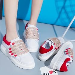 [มีหลายสี] รองเท้าผ้าใบแฟชั่นงานหนัง pu รูปมือ ประดับเพชร พื้นหนา 1.5 นิ้ว