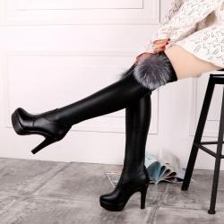 รองเท้าบูทผู้หญิงส้นสูง แฟชั่นหนัง pu สีดำ แต่งเฟอร์ สวยสไตล์ยุโรป ส้นสูง 4 นิ้ว