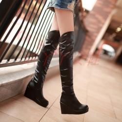 [มีหลายสี] รองเท้าบูทยาว แฟชั่นหนังpu ส้นเตารีด รองเท้าบูทผู้หญิงสไตล์เกาหลี ซิปด้านใน