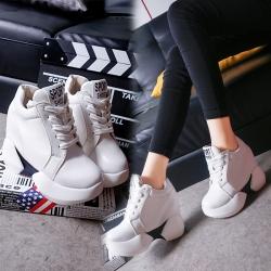 [มี2สี] รองเท้าพื้นหนา ทรงสปอร์ต หนังไมโครไฟเบอร์ เสริมส้นสูงด้านใน แฟชั่นสไตล์เกาหลี