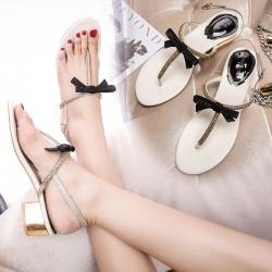 [มี2รุ่น] รองเท้าแตะคีบ ส้นเตี้ย แฟชั่นหนังPU คุณภาพสูง แต่งเพชร ประดับโบว์ด้านหน้า มีสายรัดส้น สูง 2 นิ้ว