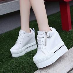 [มี2สี] รองเท้าผ้าใบเสริมส้น แฟชั่นหนัง pu ซิปข้าง ซิปแต่งเป็นรูปดาว สวยสไตล์เกาหลี ส้นสูง 4.5 นิ้ว