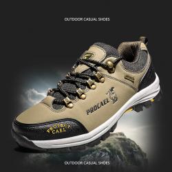 [มีหลายสี] รองเท้าแฟชั่นผู้ชาย รองเท้าเดินป่า ปีนเขา วัสดุหนังไมโครไฟเบอรื พื้นยางนุ่มๆ