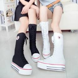 [มี2สี] รองเท้าบูทผ้าใบ ส้นตึก แฟชั่นเกาหลี ร้อยเชือกด้านหน้า ซิปด้านใน
