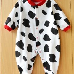 ชุดนอนเด็กลายวัวขาวดำ