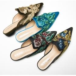[มีหลายสี] รองเท้าคัทชูแฟชั่นหัวแหลม วัสดุหนังแกะแท้ คุณภาพสูง งานปัก เปิดส้น สวย ส้นสูง 1.5 ซม.