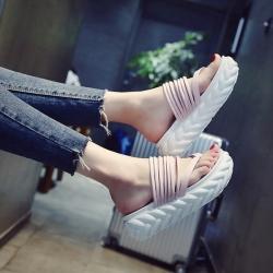 [มีหลายสี] รองเท้าแตะคีบ พื้นหนา แฟชั่นหนัง pu เปิดส้น แต่งสายคาดด้านหน้าหลายเส้น สวย สไตล์เกาหลี พื้นหนา 2.5 นิ้ว
