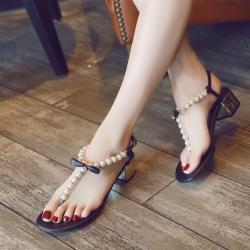 [มีหลายสี] รองเท้าแตะคีบ ส้นเตี้ย หนังแท้+ไมโครไฟเบอร์ ประดับเพชร อะไหล่มุก แต่งหัวเข็มขัดรัดส้น สวยหรู สไตล์โบฮีเมียน ส้นสูง 2 นิ้ว
