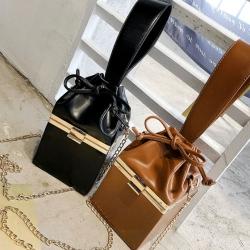 [มีหลายสี] กระเป๋าถือ+สะพายผู้หญิง แฟชั่นหนัง pu ทรงกล่องมินิ