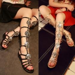 [มี2สี] รองเท้าแตะหัวปลา ส้นแบน วัสดุหนังแท้คุณภาพสูง ทรงสาน สูงระดับเข่า ประดับเพชรสวยหรู แฟชั่นสไตล์ยุโรป