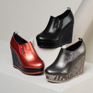 [มี2สี] รองเท้าส้นตึก แบบสวม หนังแท้ ผสมหนังpu พื้นรองเท้าทรงสาน ดีไซน์สวย แฟชั่นเกาหลี สูง 4 นิ้ว