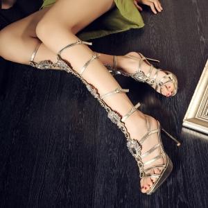 [มี2สี] รองเท้าส้นสูงหัวปลา วัสดุหนังแท้คุณภาพสูง ทรงสาน สูงระดับเข่า ประดับเพชรสวยหรู แฟชั่นสไตล์ยุโรป ส้นสูง 4.5 นิ้ว