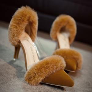 [มีหลายสี] รองเท้าคัทชูหัวแหลม ส้นสูง หนังนิ่ม แต่งขนเฟอร์ ขอบข้างเป็นพลาสติกใสเนื้อนิ่ม สวย ดูแพง ส้นสูง 3 นิ้ว