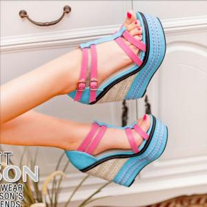 [มีหลายสี] รองเท้าผู้หญิง ส้นตึก หัวปลา หุ้มส้น แฟชั่นหนังpu สดใส ทรงน่ารักสไตล์เกาหลี แต่งเข็มขัดรัดข้อ แพลตฟอร์มสูง 3 นิ้ว / ส้นสูง 5 นิ้ว