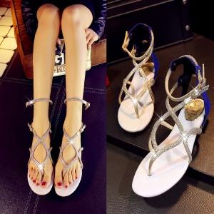 [มี2สี] รองเท้าแตะคีบ หนังแท้ ทรงสาน ประดับเพชร แต่งหัวเข็มขัดรัดข้อ เปิดส้น แฟชั่นสไตล์โรมัน ส้นสูง 1.5 นิ้ว