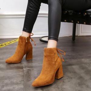 [มีหลายสี] รองเท้าบูทหัวแหลมผู้หญิงส้นสูง หนังนิ่ม ผูกเชือกด้านหลัง ซิปด้านใน สวย แฟชั่นสไตล์อังกฤษทรงย้อนยุค