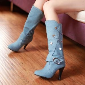 [มีหลายสี] รองเท้าบูทยาวส้นสูง บูทผู้หญิงมาร์ติน แฟชั่นผ้ายีนส์ แต่งเข็มขัด ทรงสวยสไตล์เกาหลี