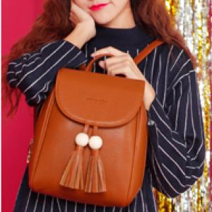 [มีหลายสี] กระเป๋าเป้สะพายหลัง แฟชั่นหนัง pu สีพื้น แต่งพู่ ทรงสวยน่ารัก สไตล์เกาหลี