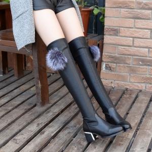 [มีหลายแบบ] รองเท้าบูทยาวผู้หญิง ส้นสูง แฟชั่นหนังpu สีดำ แต่งเฟอร์/แต่งซิป/แต่งโซ่/แต่งพู่ สวยสไตล์ยุโรป ส้นสูง 2.5 นิ้ว