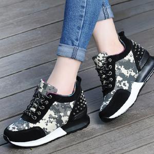 [มีหลายสี] รองเท้าแพลตฟอร์ม ทรงสปอร์ต รุ่นร้อยเชือก แฟชั่นเสริมส้นสูงด้านใน สไตล์เกาหลี