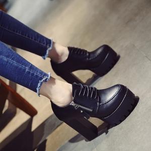 [มีหลายสี] รองเท้าบูทผู้หญิงส้นสูง หนังpu สีดำ ผูกเชือก ซิปข้าง สวย แฟชั่นสไตล์อังกฤษย้อนยุค แพลตฟอร์มสูงประมาณ 2 นิ้ว / ส้นสูง 4.5 นิ้ว
