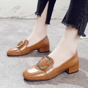 [มีหลายสี] รองเท้าคัทชู ส้นเตี้ย วัสดุหนัง pu หน้าแต่งหัวเข็มขัดฝังเพชร แฟชั่นเกาหลี
