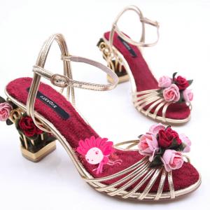 รองเท้าส้นสูงแบบสายรัดส้น ประดับดอกไม้สีหวาน สไตล์เจ้าหญิง