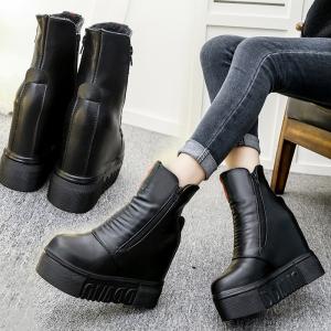 รองเท้าบูทผู้หญิงมาร์ติน เสริมส้น แฟชั่นหนัง pu สีดำ จับย่น ซิปด้านข้าง+ด้านใน ส้นสูง 5 นิ้ว