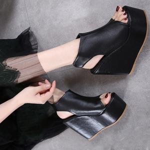 [มี2สี] รองเท้าส้นเตารีด วัสดุหนังpu เปิดส้น แบบคีบ รัดส้นติดเทป ทรงสวยหวาน สุภาพ สีพื้น แพลตฟอร์มสูง 2 นิ้ว / ส้นสูง 5 นิ้ว
