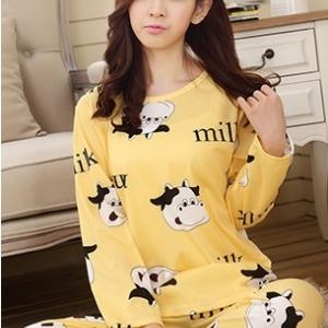 ชุดนอนลายวัว milk สีเหลือง
