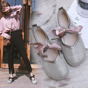 [มีหลายสี] รองเท้าคัทชูส้นแบน แฟชั่นหนัง pu แต่งเพชร หน้าผูกโบว์ สวยน่ารักสไตล์เกาหลี