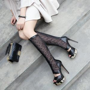 รองเท้าบูทยาวผู้หญิง หัวปลาส้นสูง ตาข่ายแฟชั่นหนังแท้ สีดำ คุณภาพสูง ซิปด้านหลัง สวยสไตล์ยุโรป แพลตฟอร์มสูง 2.5 นิ้ว / ส้นสูง 5.5 นิ้ว