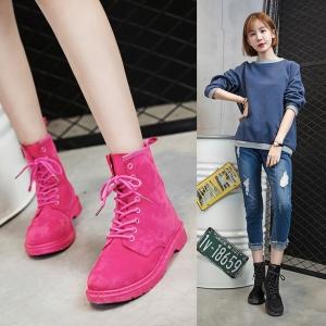 [มี2สี] รองเท้าบูทสั้นผู้หญิงทรงมาร์ติน หนังนิ่ม ร้อยเชือก สวย เท่ แฟชั่นสไตล์อังกฤษทรงย้อนยุค