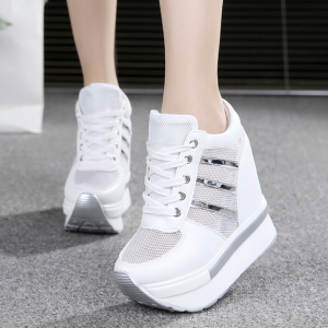 [มี2สี] รองเท้าส้นตึก แฟชั่นหนังpu ตาข่าย ทรงรองเท้าผ้าใบ ผูกเชือก เสริมส้นสูงด้านในสไตล์เกาหลี