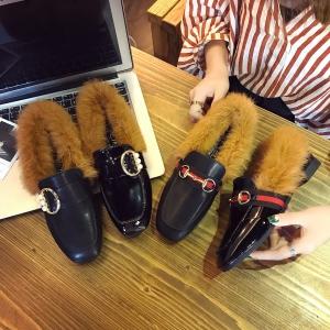 [มีหลายสี] รองเท้าคัชชู แต่งขนเฟอร์ว หัวปิด เปิดส้น สไตล์กุดชี่