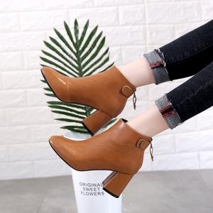 [มีหลายสี] รองเท้าบูทสั้นผู้หญิงส้นสูง ทำจากหนัง pu ซิปด้านหลัง สวย แฟชั่นสไตล์อังกฤษทรงย้อนยุค ส้นสูง 3 นิ้ว
