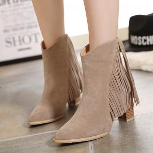 [มี2สี] รองเท้าบูทสั้น หัวแหลม ส้นสูง แฟชั่นหนังแท้ แต่งพู่ ซิปด้านหลัง ทรงสวยสไตล์อังกฤษ