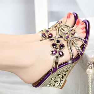 [มี2สี] รองเท้าหัวปลาส้นสูงใส่ออกงาน ทำจากหนังแท้ ประดับคริสตัล