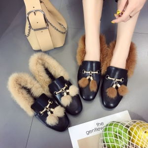 [มี2สี] รองเท้าคัชชูหัวปิด เปิดส้น สไตล์กุดชี่ วัสดุหนังpu แต่งขนเฟอร์นุ่มๆ สวย เก๋ สไตล์เกาหลี