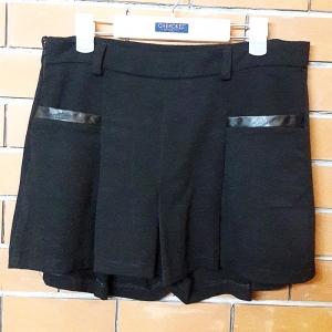 S029 กระโปรงกางเกง สีดำแต่งขอบกระเป๋าหนัง (เหมือนใหม่ สภาพดี)