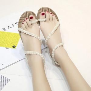 [มี2สี] รองเท้าแตะส้นแบน ทรงสาน คีบนิ้วโป้ง แฟชั่นหนัง pu ประดับมุกสีขาว สวยหรู สไตล์ยุโรป