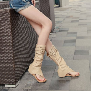 [มี2สี] รองเท้าแตะคีบสไตล์เกาหลี ทรงสูง หุ้มข้อ แฟชั่นหนัง pu ซิปด้านหลัง มีรูระบายอากาศ ดีไซส์สวย ไม่กัดเท้า ออกแบบให้รองรับพอดีกับรูปเท้า ทำให้รู้สึกสบายเวลาสวมใส่