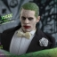 Hot Toys MMS395 SUICIDE SQUAD - THE JOKER (TUXEDO VERSION) thumbnail 20