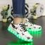 รองเท้ามีไฟ รองเท้า LED สีขาว มีลายรูปดาวสีดำ เปลี่ยนสีได้ 11 สี สินค้าพรีออเดอร์ thumbnail 2