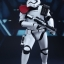 Hot Toys MMS334 SW: THE FORCE AWAKENS - FIRST ORDER STORMTROOPER OFFICER thumbnail 6
