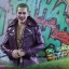 Hot Toys MMS382 SUICIDE SQUAD - THE JOKER (PURPLE COAT VERSION) thumbnail 8