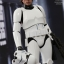 Hot Toys MMS304 STAR WARS: EPISODE IV A NEW HOPE LUKE SKYWALKER (STORMTROOPER DISGUISE VERSION) thumbnail 1