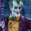 Hot Toys VGM27 BATMAN: ARKHAM ASYLUM - THE JOKER thumbnail 15